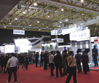 Trade Show Event Flooring.png