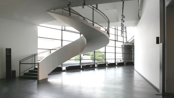 curved stair nosing.png