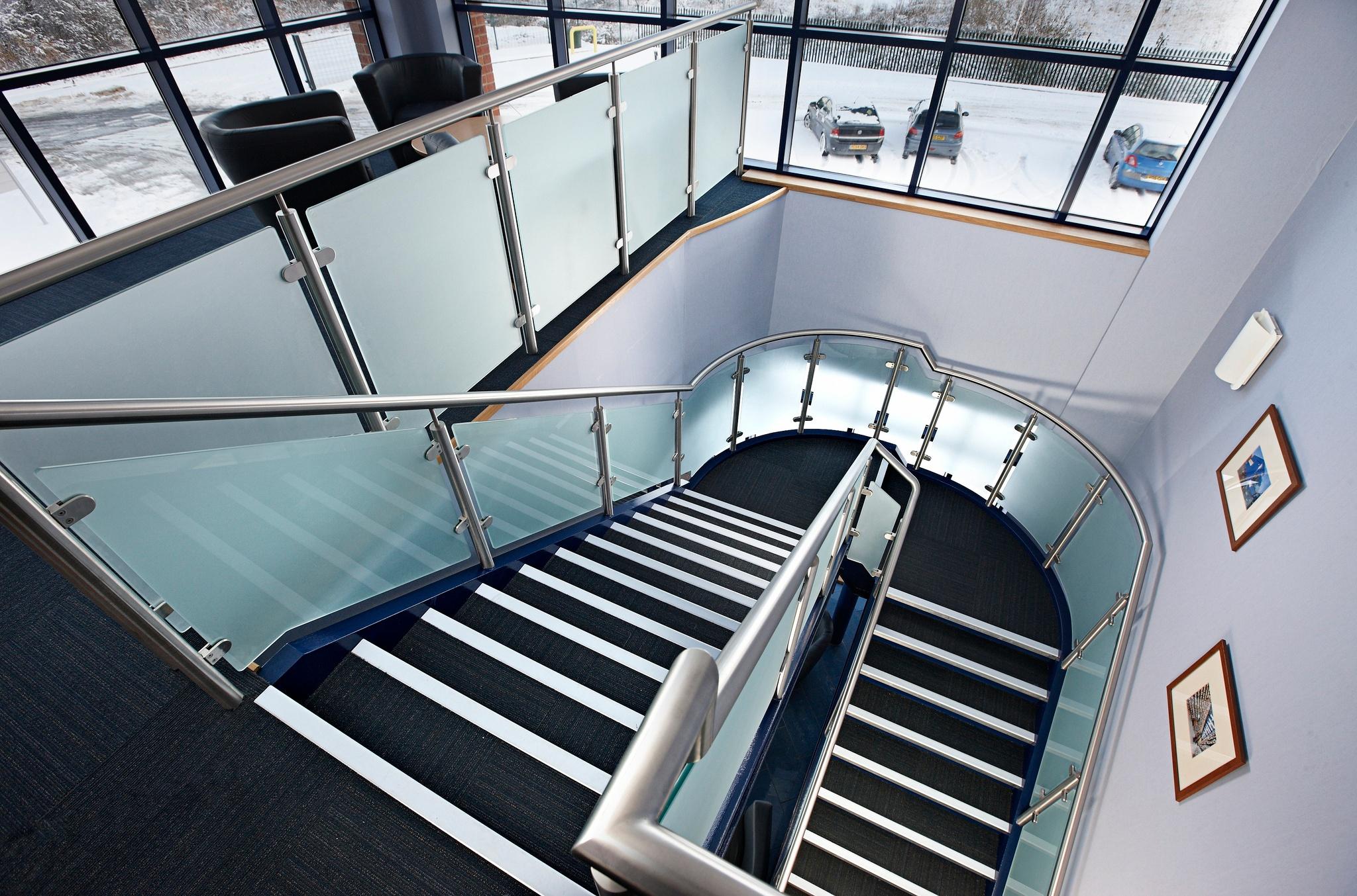 elite aluminum stair nosing.jpg